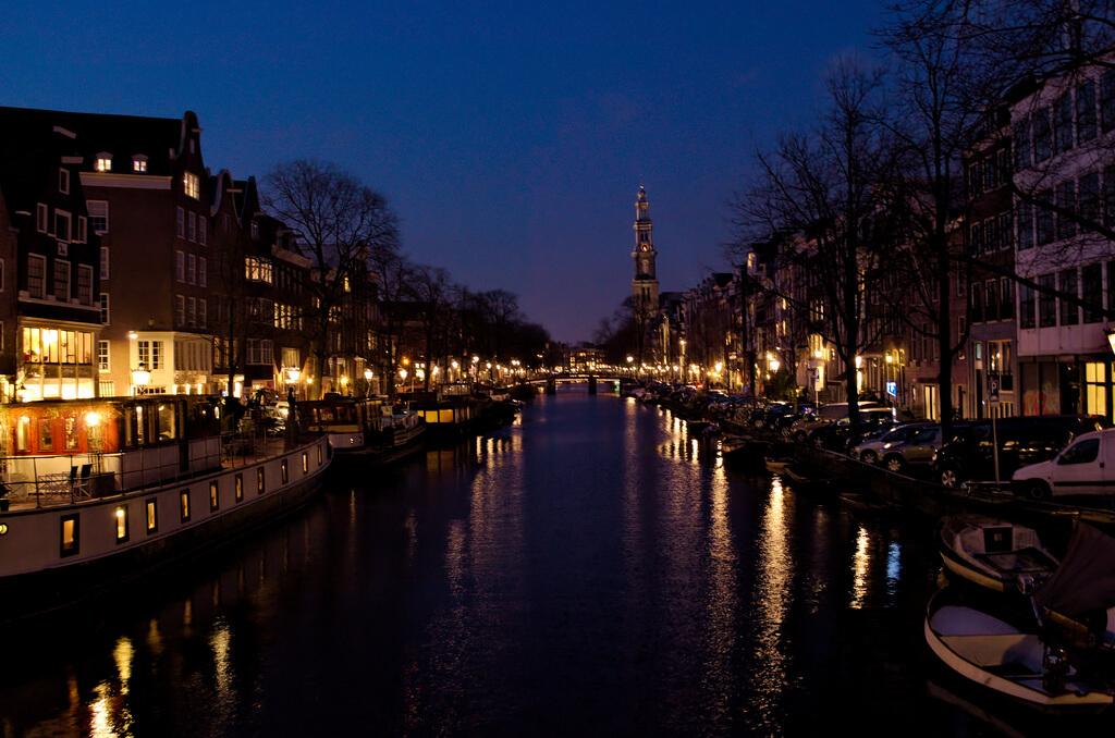 viajes con amigos de fiesta en Ámsterdam