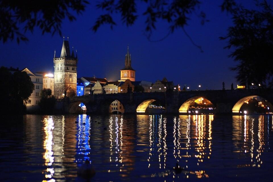 viajes con amigos de fiesta en Praga