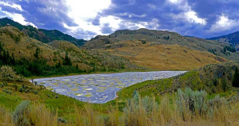 lagos del mundo canadá