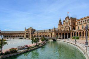 dónde viajar en octubre Sevilla