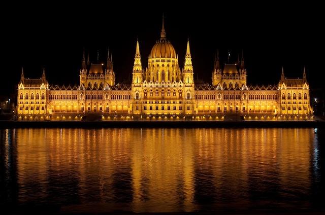 dónde viajar en diciembre budapest