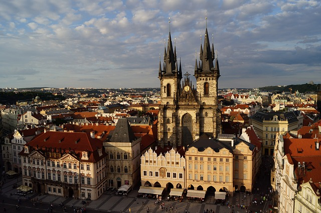 praga destino airhopping
