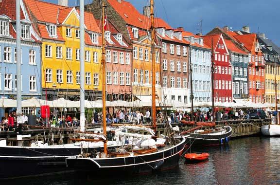 vuelos a Copenhague Airhopping Nyhavn