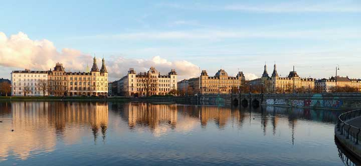 vuelos a Copenhague Airhopping