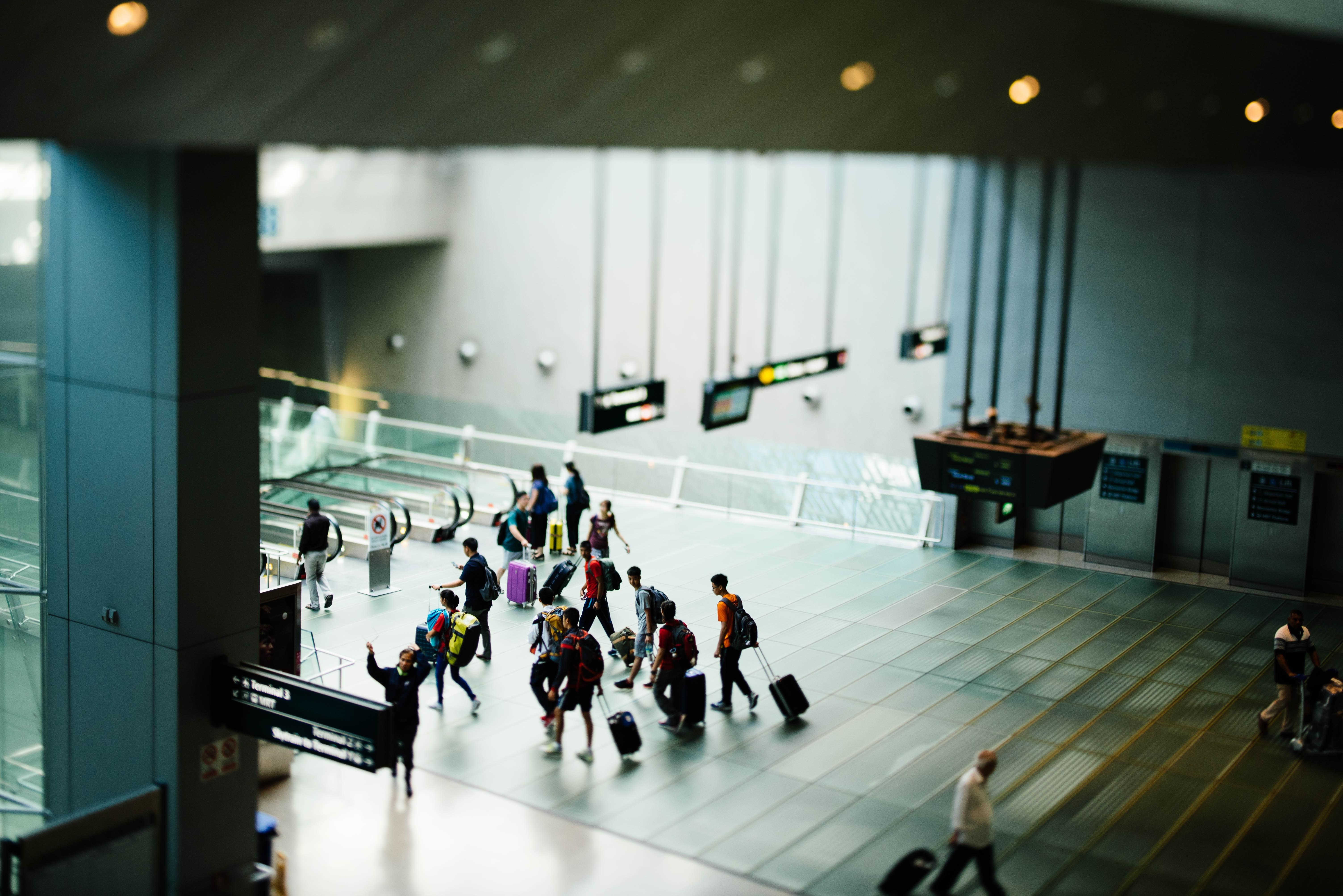 aeropuerto random guia de viaje